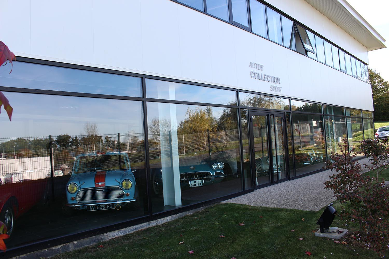 Autos Collections Sport propose un showroom protégé et climatisé